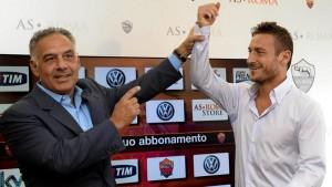 Francesco Totti, rinnovo vicino: un altro anno di contratto