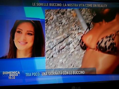 """Cristina Buccino a Domenica Live: """"Reality con mie sorelle"""" 03"""