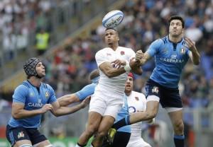 Guarda la versione ingrandita di Rugby, Parisse della Nazionale Italiana nella foto Ansa