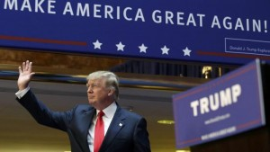 """Trump presidente? Ex capo Cia: """"Soldati potrebbero..."""""""