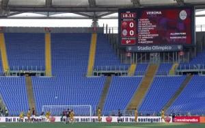 Roma-Lazio senza ultrà giallorossi. La Curva Sud nella foto Ansa
