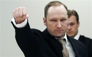 Norvegia, Breivik fa causa a Stato per 'detenzione disumana'