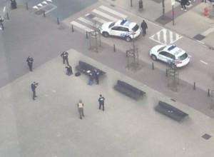 YOUTUBE Bruxelles, due presunti terroristi fermati VIDEO