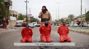 Guarda la versione ingrandita di Bulldozer carnefice Isis, svelato il suo volto FOTO