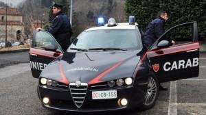 Salerno, uccide moglie e figlia neonata e si impicca