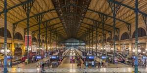 Terrorismo Parigi, evacuata Gare du Nord: pacco sospetto