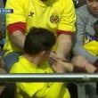 Lionel Messi, pallonata sugli spalti: tifosa sviene5