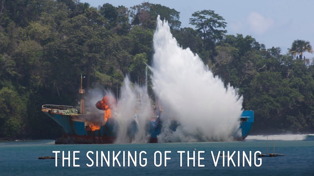 Nave pescava illegalmente: abbattuta con esplosivi