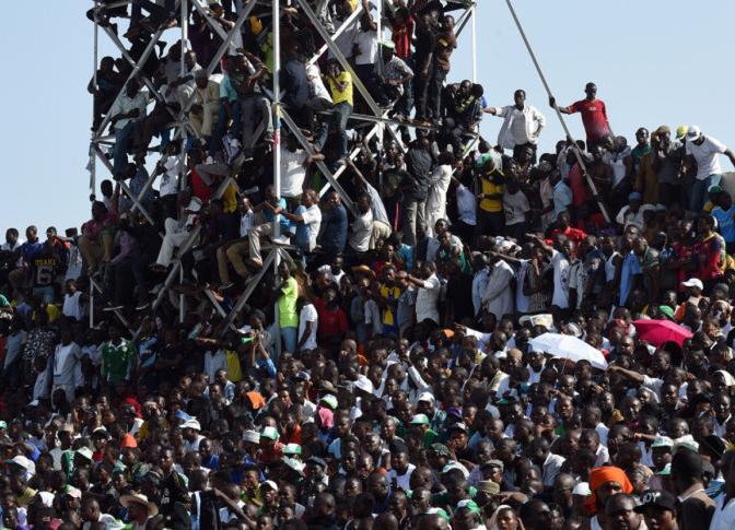 Nigeria-Egitto: 40mila spettatori in stadio da 25mila. FOTO7
