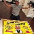 Pizza domicilio gigantesca per 16 persone7