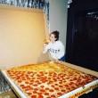 Pizza domicilio gigantesca per 16 persone4