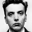 Assassina con guanti e ghigno FOTO in posa dopo il delitto 2