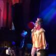 YOUTUBE Madonna ubriaca sul palco, abito clown e foto figlio