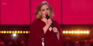 YouTube, Adele in concerto insulta terroristi Bruxelles