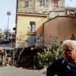 VIDEO YOUTUBE Voragine ad Afragola inghiotte auto4