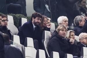 Deniz Akalin e Andrea Agnelli, quel pancino sospetto...