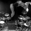 YOUTUBE Aric Improta, assolo di batteria con salto mortale2