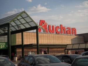 """Allarme Auchan Rescaldina: """"Non mangiate quei dolci"""""""