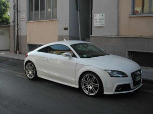 Audi bianca dopo quella gialla: presa banda di rapinatori