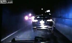 Suv corre troppo: presa in pieno fiancata auto polizia