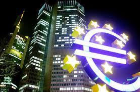 Bce stampa più soldi e punisce il denaro fermo
