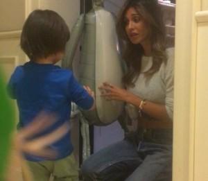 Belen Rodriguez ritorna dalle vacanza alle Maldive con un regalone per il figlio Santiago