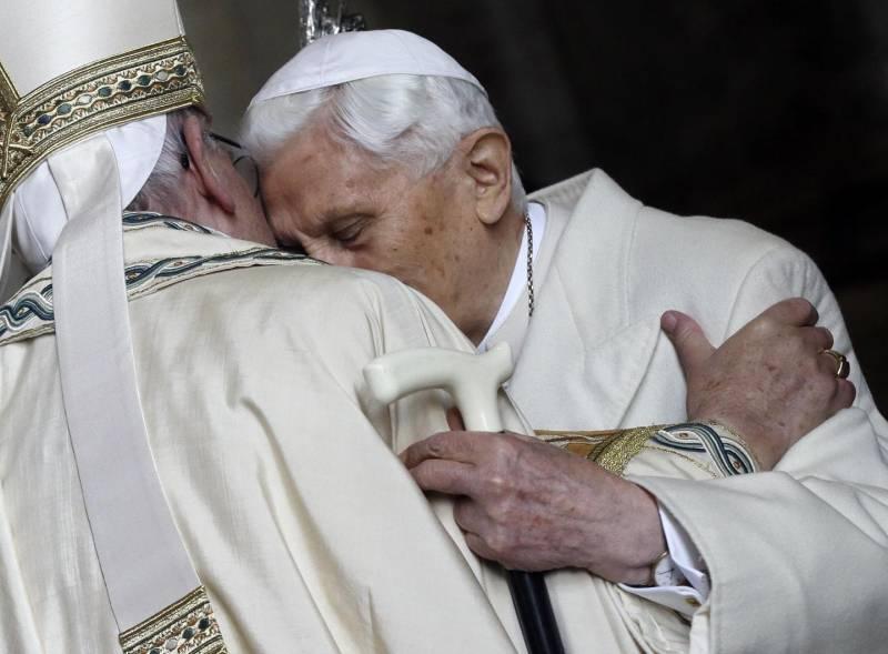 Benedetto XVI (foto Ansa)