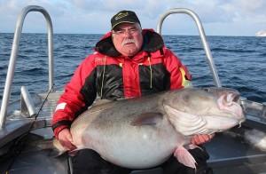 Norvegia, britannico pesca merluzzo da 42 chili3