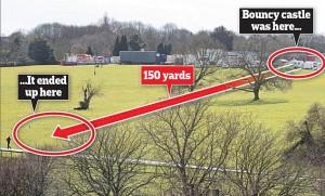 Essex, castello gonfiabile vola via causa vento: morta bimba