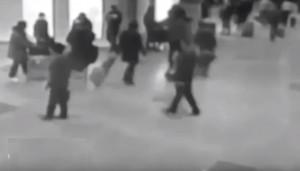 YOUTUBE Bruxelles, momento esplosione in aeroporto