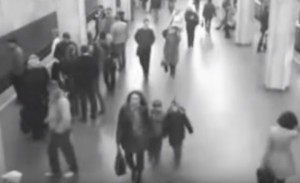 YOUTUBE Bruxelles, bomba in metro a Maelbeek: arriva treno..