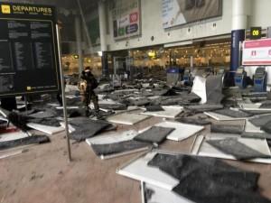 Guarda la versione ingrandita di Attentati Bruxelles: superstiti forse danni udito e memoria
