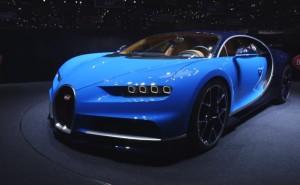 YOUTUBE Bugatti Chiron, supercar da 1.500 cv e 420 km/h