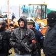 FOTO Migrante accoltellato da un altro migrante a Calais09