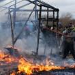 YOUTUBE Calais: caos Giungla, scontri e riprende sgombero8