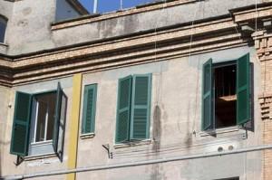 Guarda la versione ingrandita di Avezzano: famiglia Di Marco senza casa, occupata dai rom (foto d'archivio Ansa)