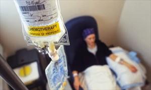 """Chemio letale per una madre, il giudice: """"Medici assassini"""""""