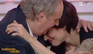 Ballando con le Stelle: Asia Argento tra papà e la Lucarelli