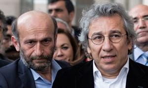 Erdogan processa giornalisti, mobilitiamoci per Dundar e Gul