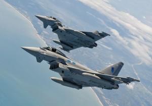 Aereo vola senza autorizzazioni: scortato da Eurofighter