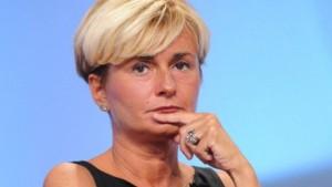 Federica Guidi si dimette per lo scandalo intercettazioni