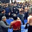 Flagellazione proibita in Iran ma a Londra FOTO catene e...