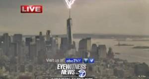 YOUTUBE Fulmine colpisce grattacielo in diretta tv