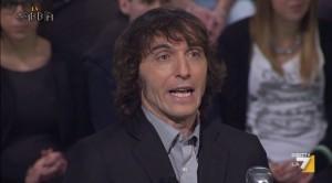 """Guarda la versione ingrandita di Cruciani in diretta spara a zero su Scanzi: """"Un deficiente"""""""
