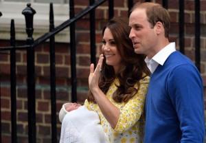 Guarda la versione ingrandita di Kate Middleton in declino: su tabloid tutte le ultime gaffe