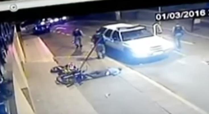 YOUTUBE In fuga da polizia su moto rubata: si schianta e... 04