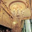 Russia: appartamento ricoperto d'oro, anche il water9