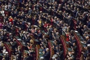 Giornali: ok a riforma contributi pubblici, Camera approva