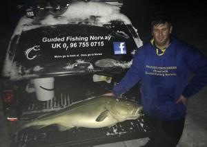 """Guarda la versione ingrandita di Pesca un merluzzo da 30 kg: sono 150 """"fish & chips"""" FOTO"""