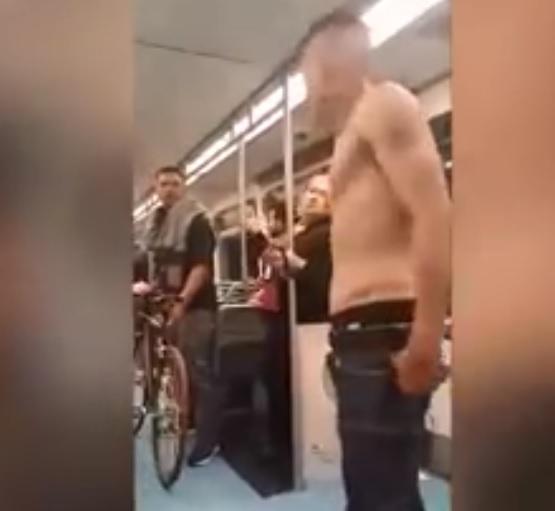 Drogato cerca rissa in metro